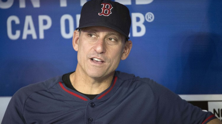 Diamondbacks hire Lovullo as manager