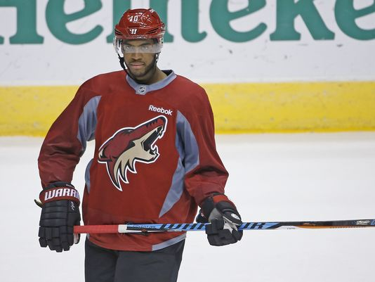 Coyotes trade Anthony Duclair to Blackhawks for Richard Panik